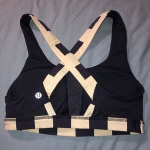 Lululemon Cross Back Sports Bra
